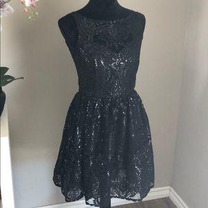 BB Dakota Tate dress in black